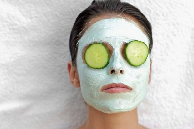 Cucumbers on Eyes Facial Mask